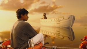 Life Of Pi. Lifeboat. Pi and Tiger.2
